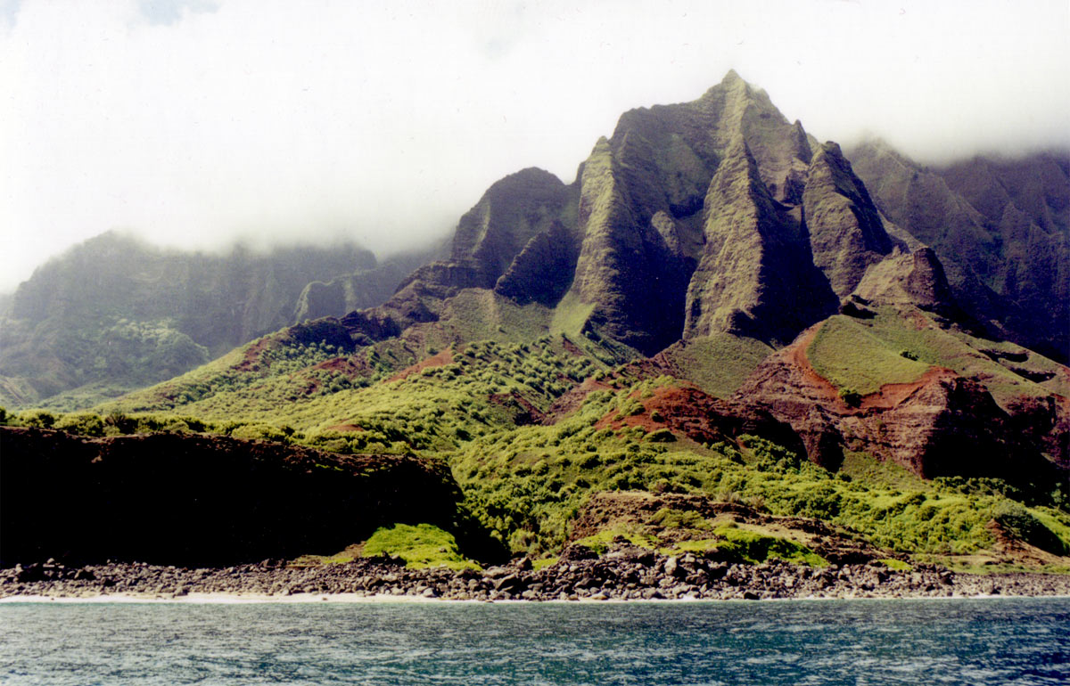 We took a boat tour of Kaua'i's famous Napali Coast.