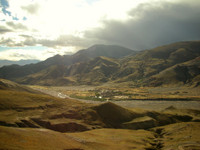 Heading down from Yongla Pass towards Gyantse as the sun sets.