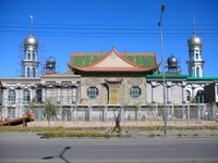 Golmud, Qinghai is home to a significant population of Huis, Muslim Chinese. This is the city's main mosque.