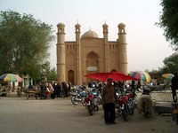 The mosque in downtown Keriya (Yutian).