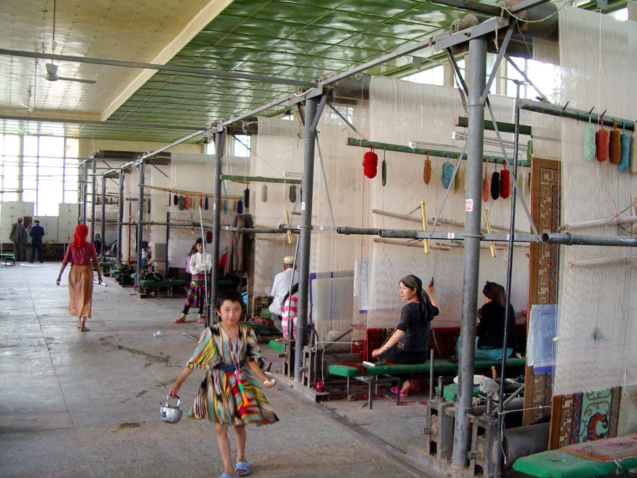 A wider view of the carpet factory (gillam karakhana in Uyghur).