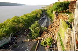 A massive, 100-year old retaining wall collapses onto the Henry Hudson Parkway, New York City. May 12, 2005. Courtesy: NY Times