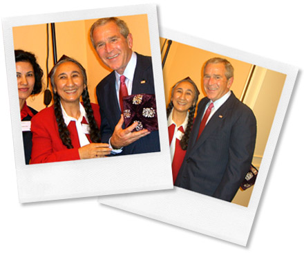 George W. Bush and Rebiya Kadeer meet in Prague. June 5, 2007.