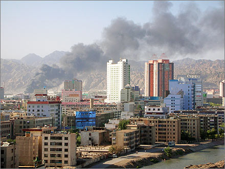 Photo of a tire fire burning in Korla, Xinjiang on July 30, 2007.